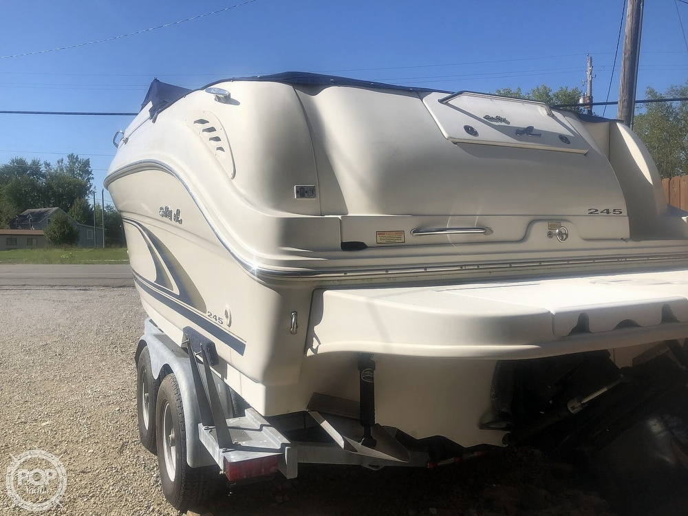 2001 Sea Ray boat for sale, model of the boat is Weekender 245 & Image # 6 of 40