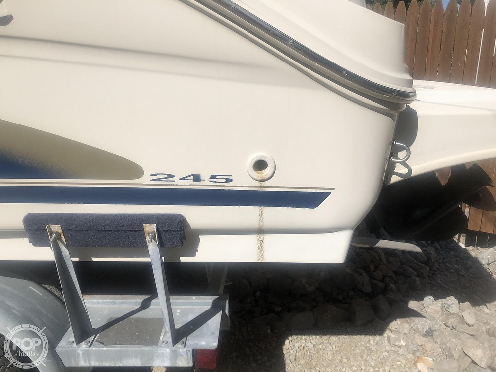 2001 Sea Ray boat for sale, model of the boat is Weekender 245 & Image # 24 of 40