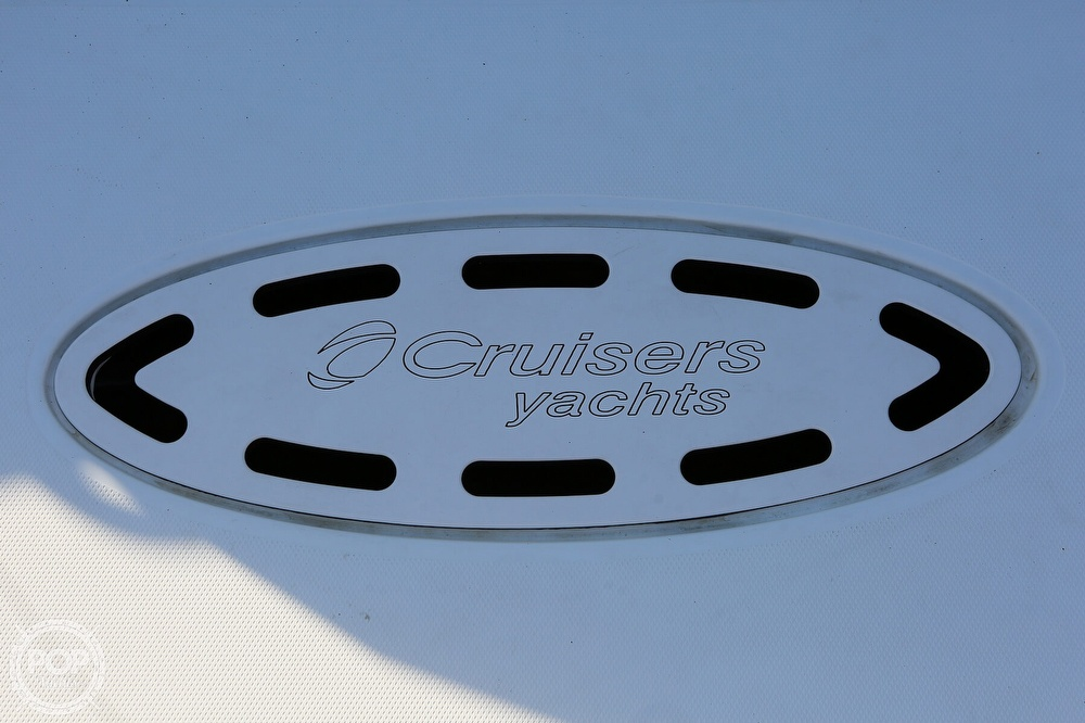 2009 Cruisers Yachts 520 Sports Coupe - image 19
