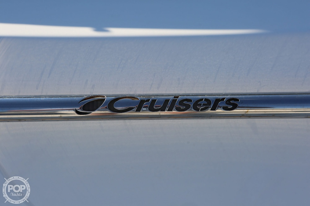 2009 Cruisers Yachts 520 Sports Coupe - image 20