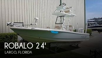 Used Robalo Boats For Sale by owner | 2019 Robalo 246 Cayman Skydeck