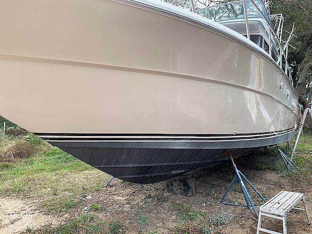 1988 Sea Ray boat for sale, model of the boat is 430 Convertible & Image # 5 of 40