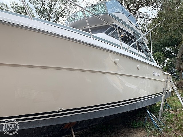 1988 Sea Ray boat for sale, model of the boat is 430 Convertible & Image # 6 of 40