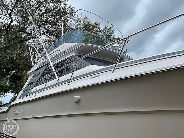 1988 Sea Ray boat for sale, model of the boat is 430 Convertible & Image # 17 of 40
