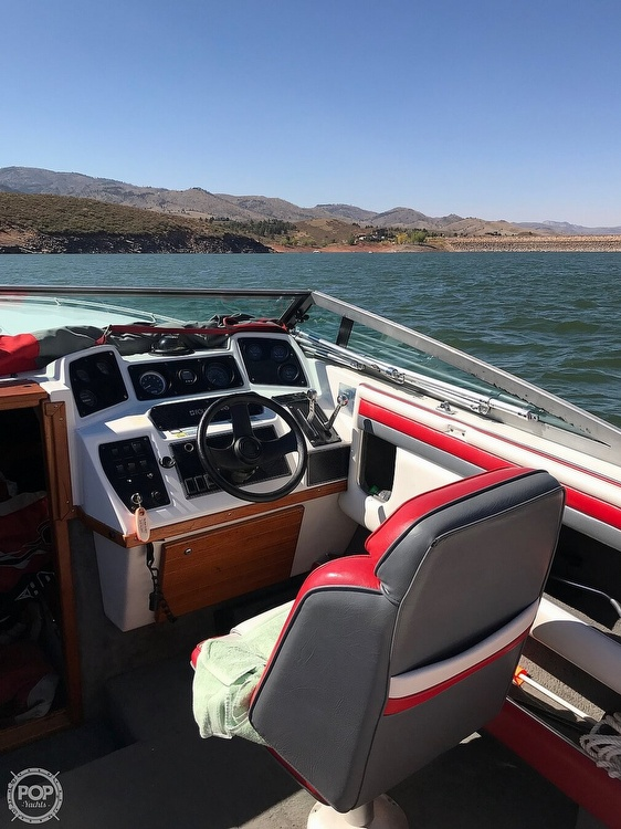 1989 Four Winns boat for sale, model of the boat is 241 Liberator & Image # 4 of 27