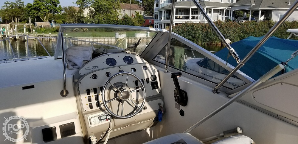 1995 Maxum boat for sale, model of the boat is 2700 SCR & Image # 25 of 40