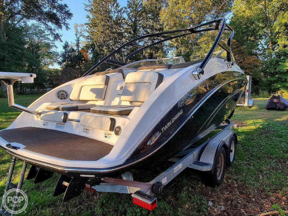 2013 Yamaha boat for sale, model of the boat is 242 Limited S & Image # 3 of 40