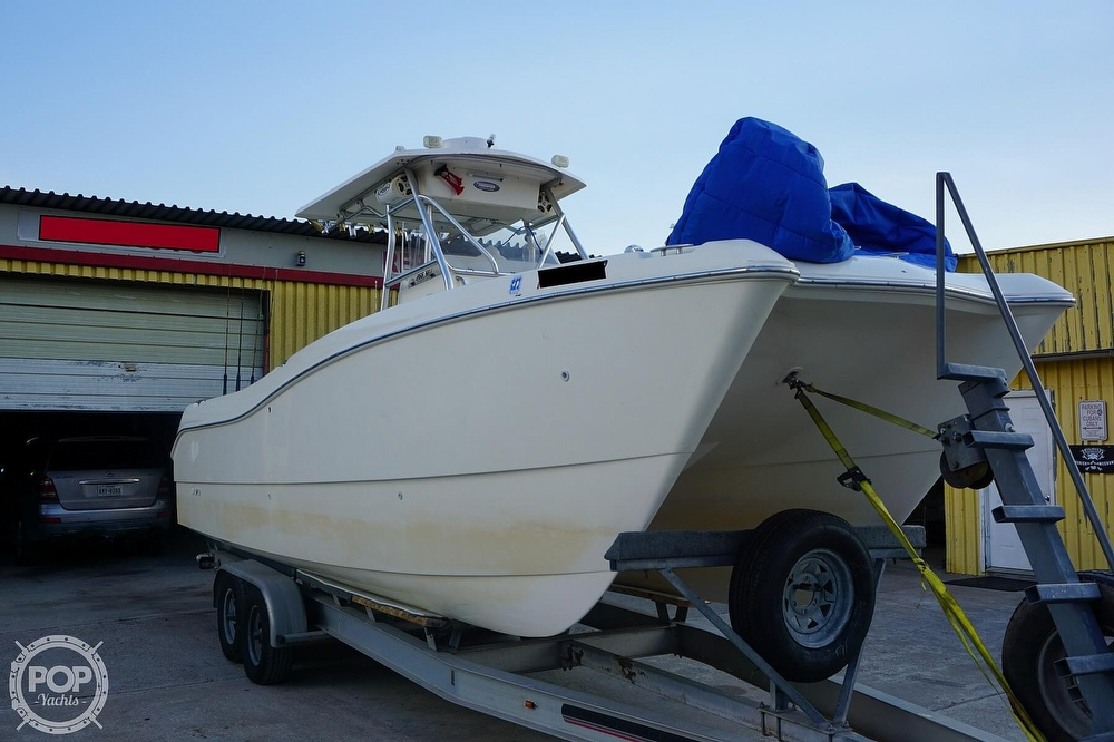 1999 World Cat boat for sale, model of the boat is 266SF & Image # 9 of 40