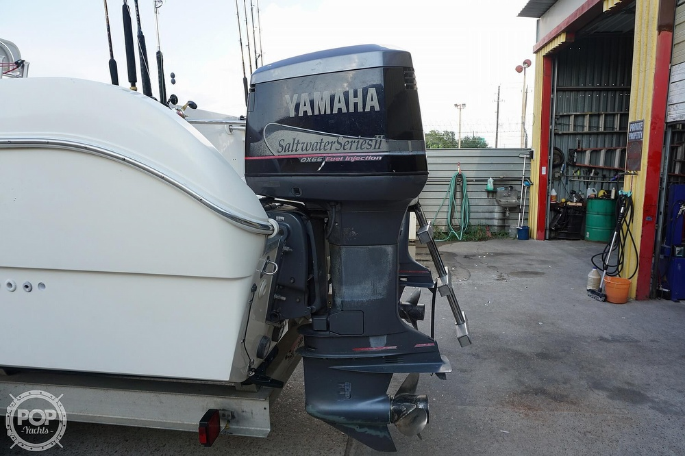 1999 World Cat boat for sale, model of the boat is 266SF & Image # 12 of 40