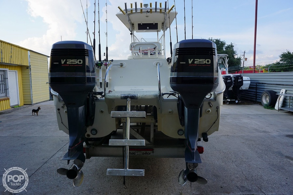 1999 World Cat boat for sale, model of the boat is 266SF & Image # 13 of 40