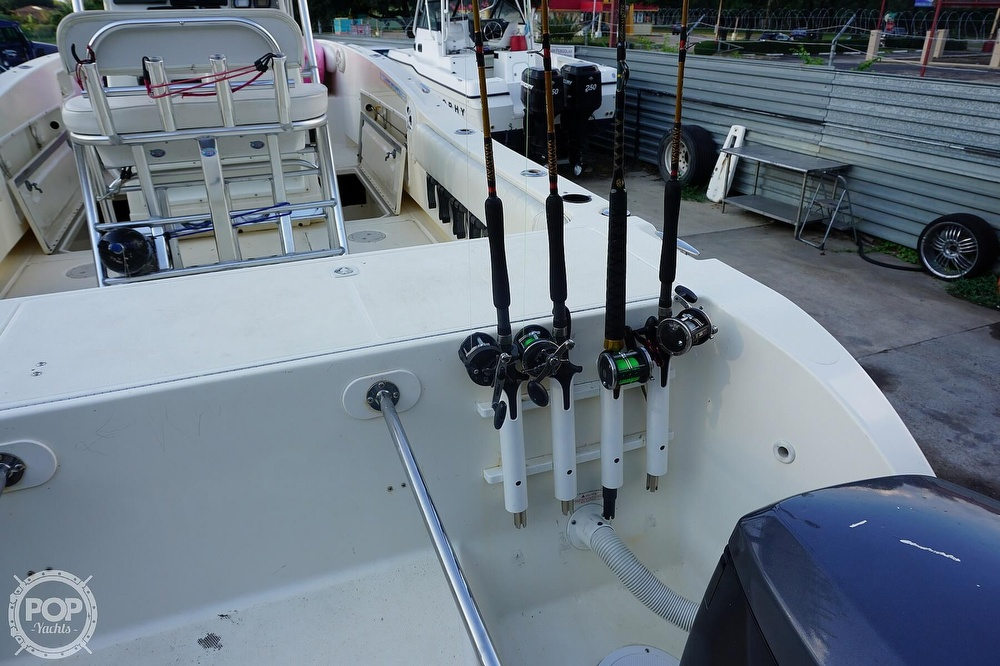 1999 World Cat boat for sale, model of the boat is 266SF & Image # 18 of 40