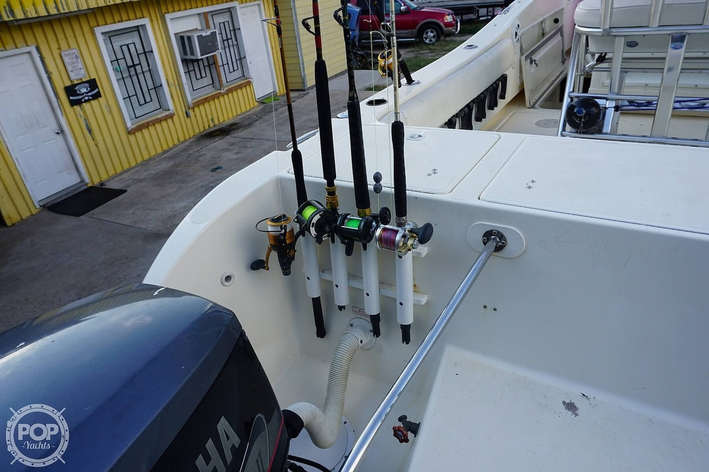 1999 World Cat boat for sale, model of the boat is 266SF & Image # 19 of 40
