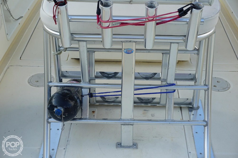 1999 World Cat boat for sale, model of the boat is 266SF & Image # 22 of 40