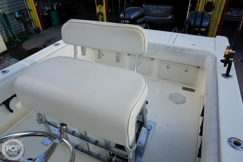 1999 World Cat boat for sale, model of the boat is 266SF & Image # 28 of 40