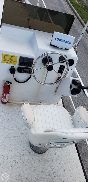 2014 Beachcat boat for sale, model of the boat is 23 Saltwater & Image # 9 of 41