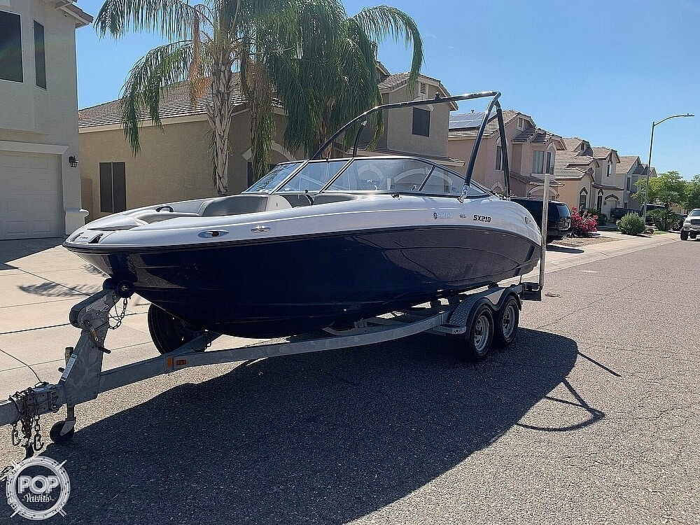 2011 Yamaha boat for sale, model of the boat is SX210 & Image # 5 of 40