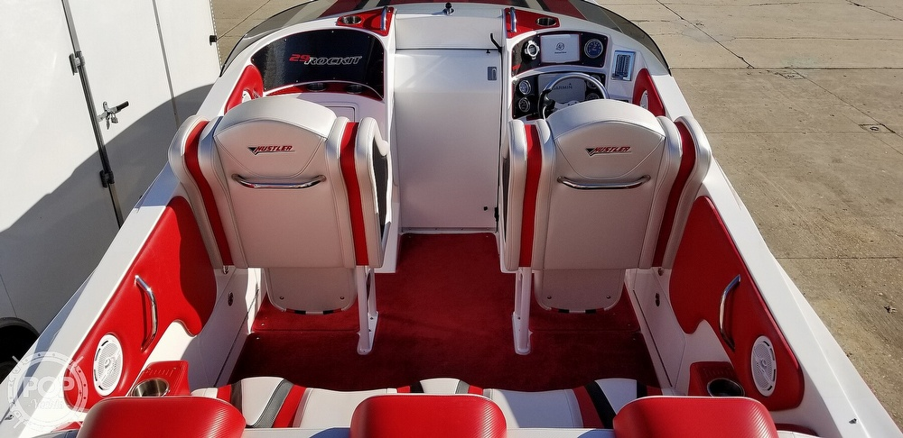 2015 Hustler boat for sale, model of the boat is 29 Rockit & Image # 2 of 40