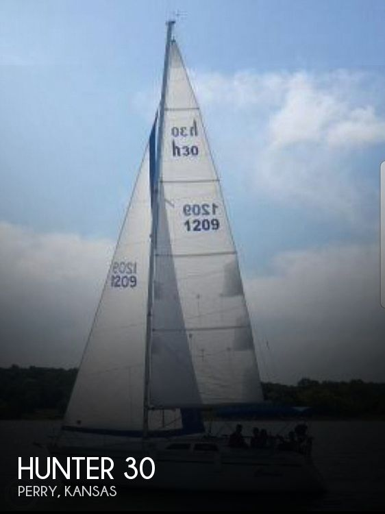 Used Boats For Sale in Kansas by owner | 1989 Hunter 30