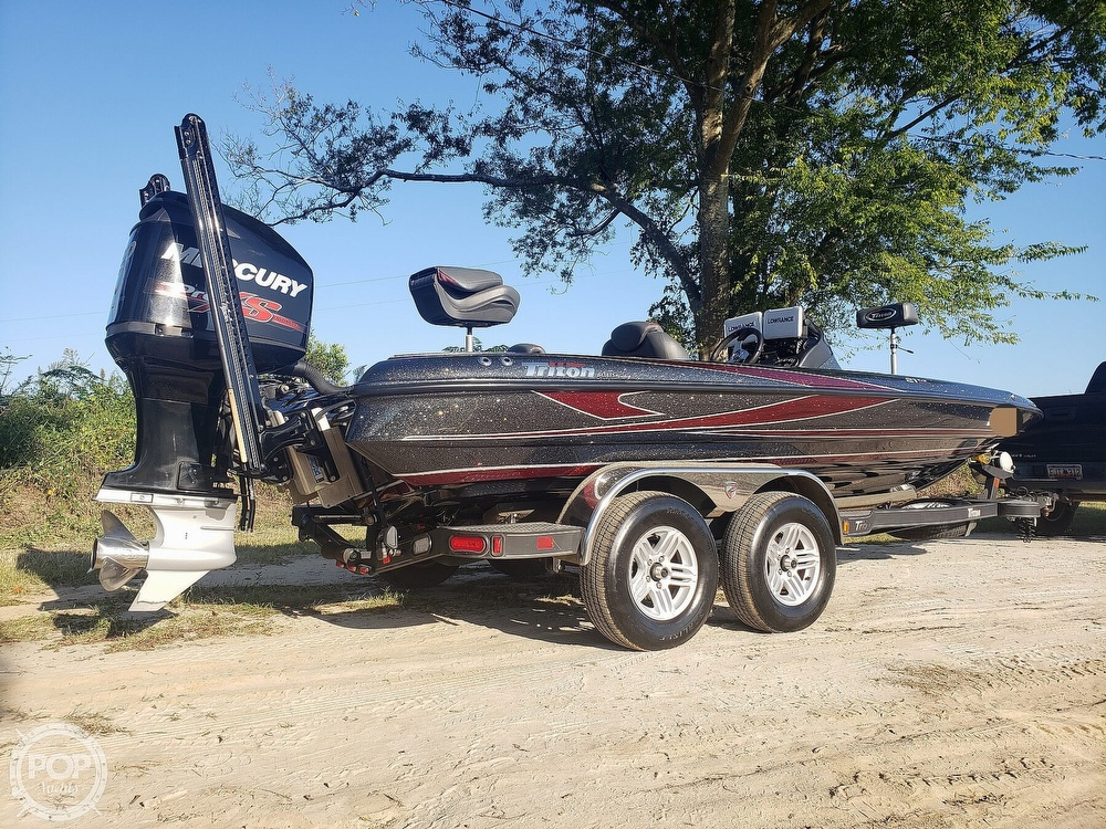 2016 Triton boat for sale, model of the boat is 21 TRX & Image # 9 of 40