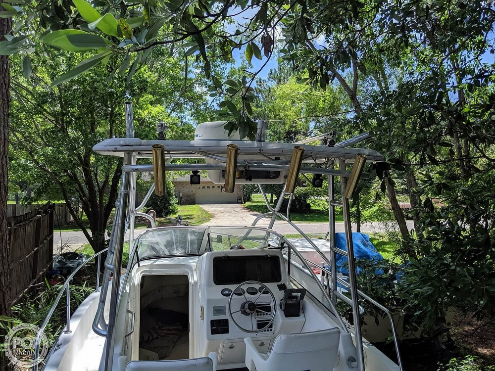 2000 Century boat for sale, model of the boat is 2600 WA & Image # 3 of 40