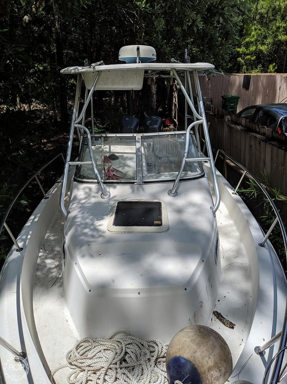 2000 Century boat for sale, model of the boat is 2600 WA & Image # 4 of 40