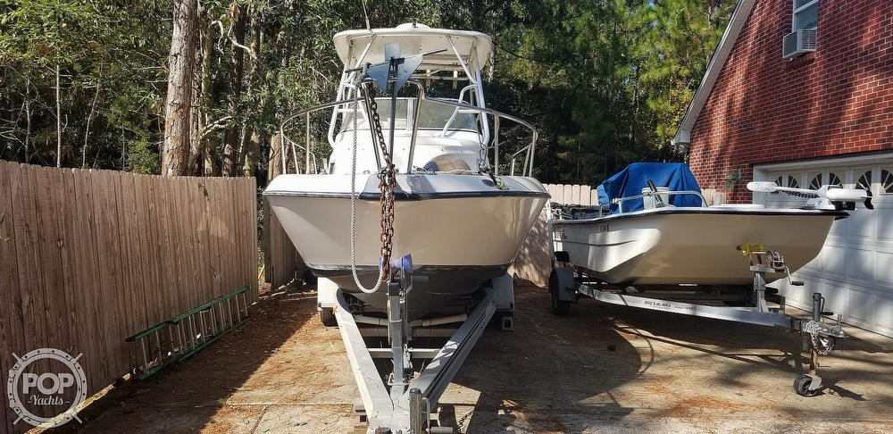 2000 Century boat for sale, model of the boat is 2600 WA & Image # 17 of 40