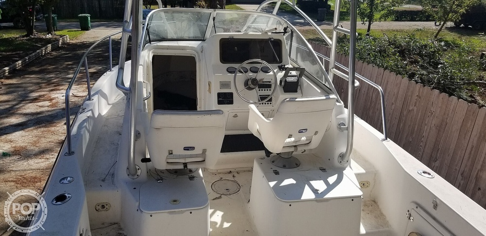 2000 Century boat for sale, model of the boat is 2600 WA & Image # 28 of 40