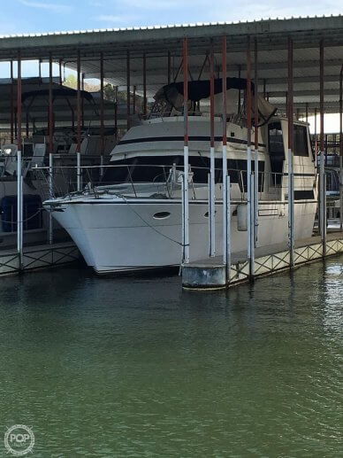 Hyatt 40 Sundeck, 40, for sale - $39,500
