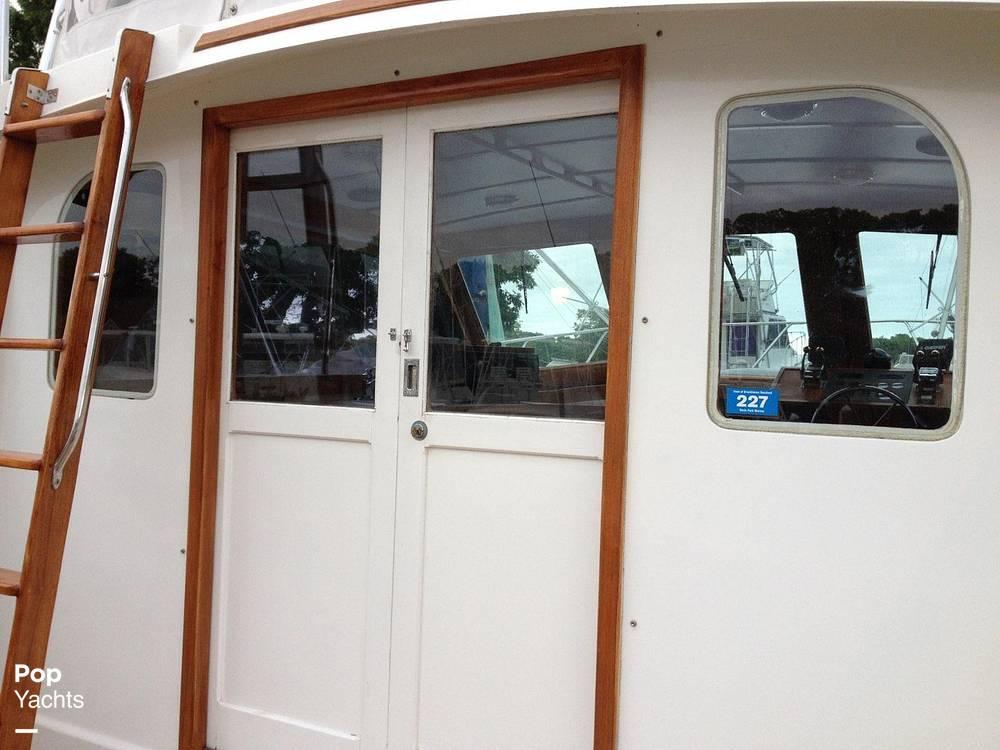 1976 Egg Harbor boat for sale, model of the boat is 33 Sedan Fisherman & Image # 23 of 41