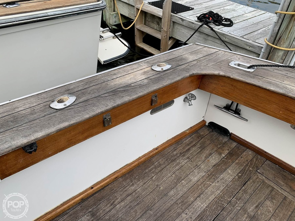 1976 Egg Harbor boat for sale, model of the boat is 33 Sedan Fisherman & Image # 18 of 41