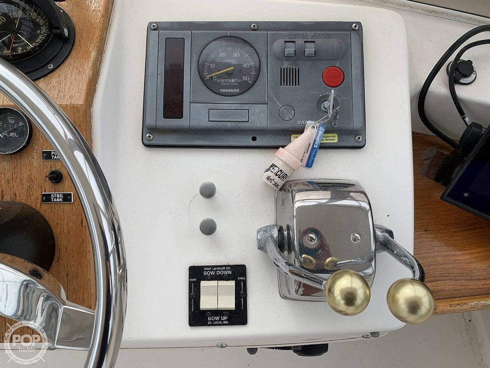 1976 Egg Harbor boat for sale, model of the boat is 33 Sedan Fisherman & Image # 37 of 41