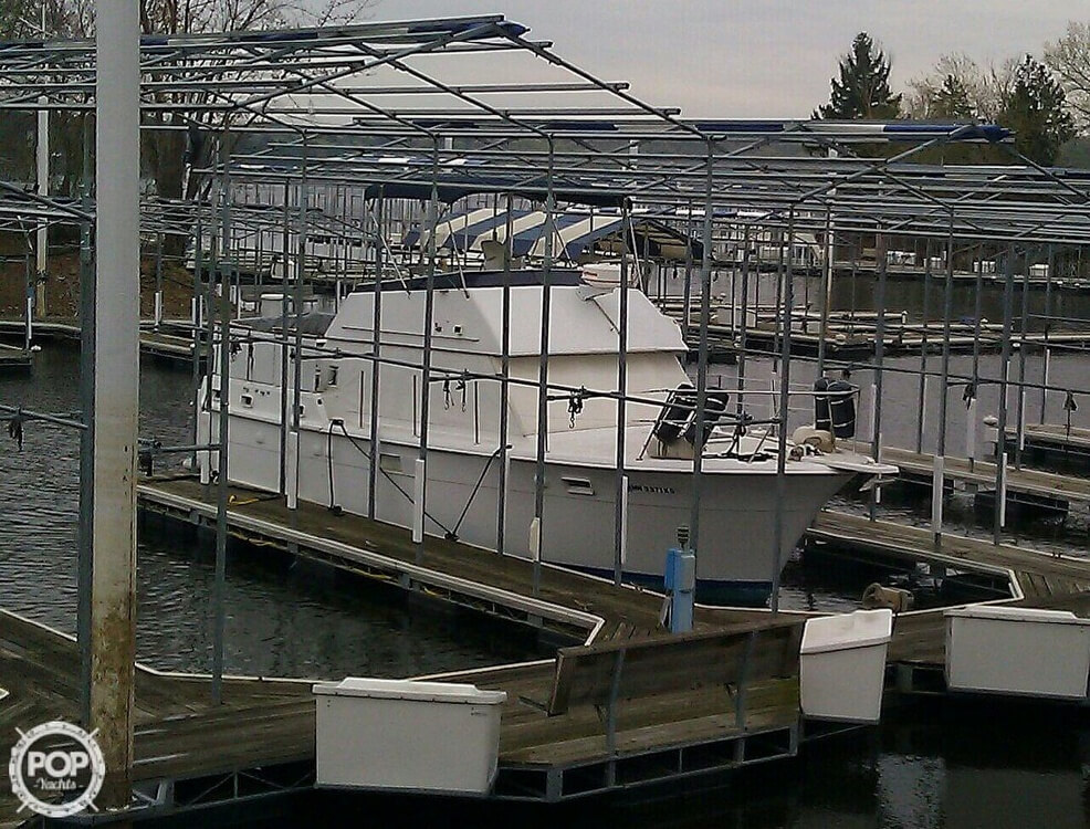 1973 Hatteras boat for sale, model of the boat is 38 Double cabin cruiser & Image # 2 of 13
