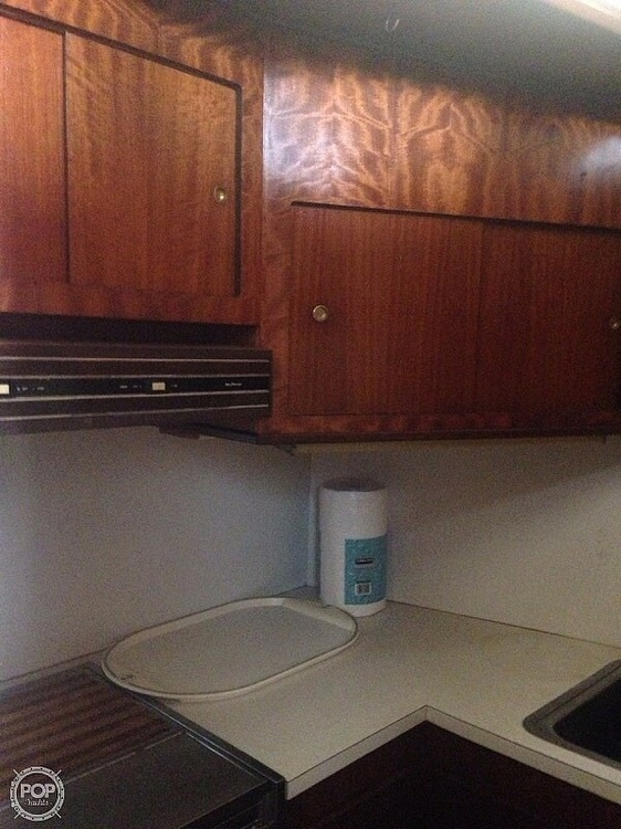 1973 Hatteras boat for sale, model of the boat is 38 Double cabin cruiser & Image # 7 of 13