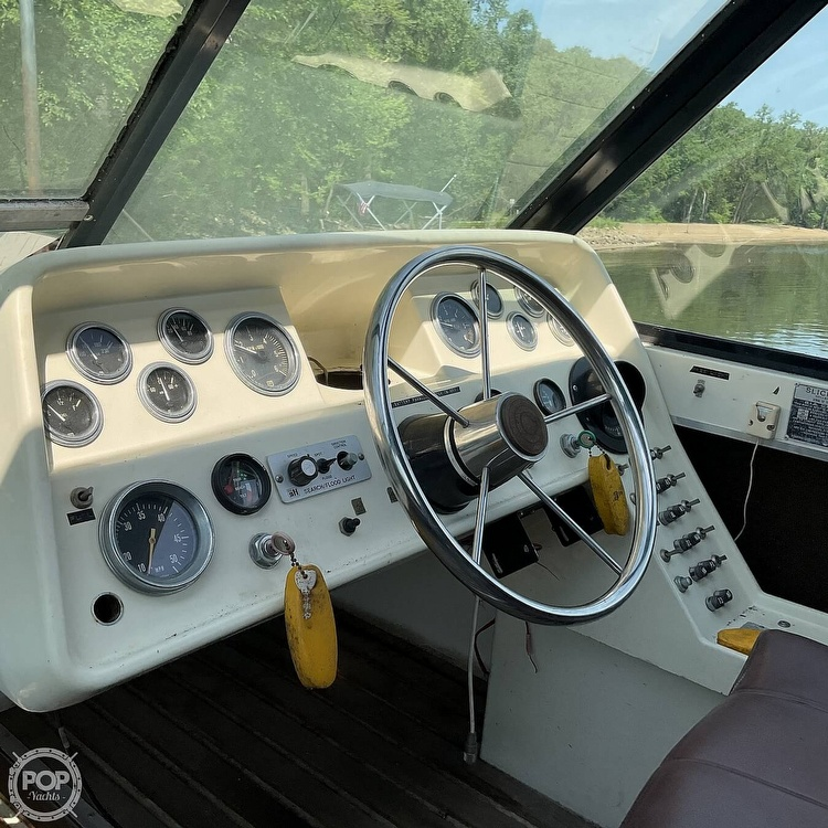 1973 Slickcraft boat for sale, model of the boat is 255 SF & Image # 28 of 40