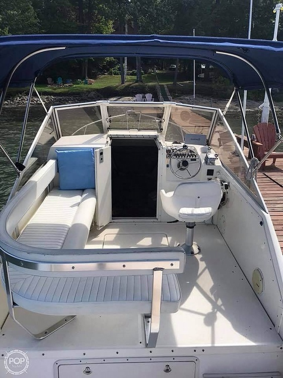 2000 Shamrock boat for sale, model of the boat is 260 Express & Image # 4 of 40