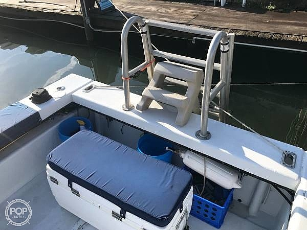 1990 C-Hawk boat for sale, model of the boat is 25 & Image # 20 of 40