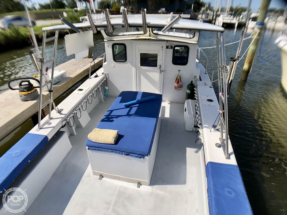 1990 C-Hawk boat for sale, model of the boat is 25 & Image # 15 of 40