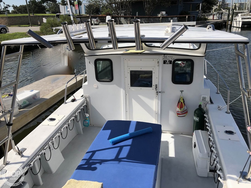 1990 C-Hawk boat for sale, model of the boat is 25 & Image # 12 of 40