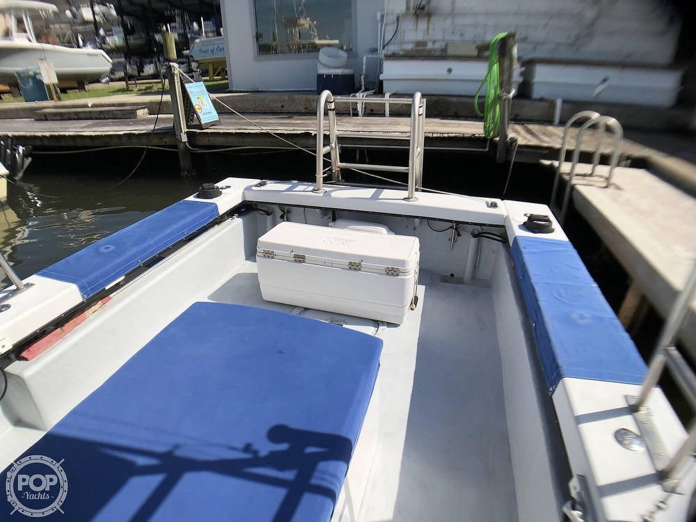 1990 C-Hawk boat for sale, model of the boat is 25 & Image # 18 of 40