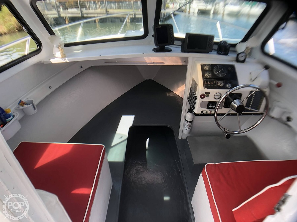 1990 C-Hawk boat for sale, model of the boat is 25 & Image # 39 of 40