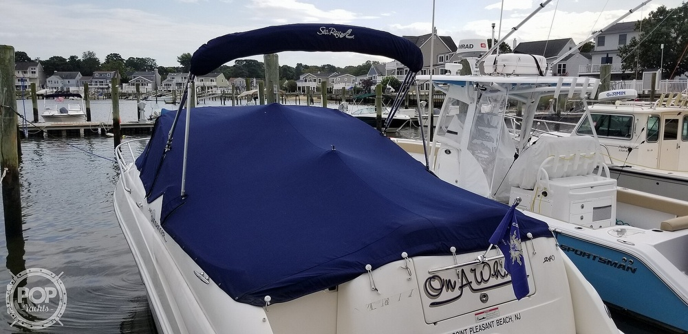 2007 Sea Ray boat for sale, model of the boat is 240 Sundancer & Image # 28 of 40
