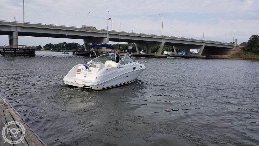 2007 Sea Ray boat for sale, model of the boat is 240 Sundancer & Image # 32 of 40
