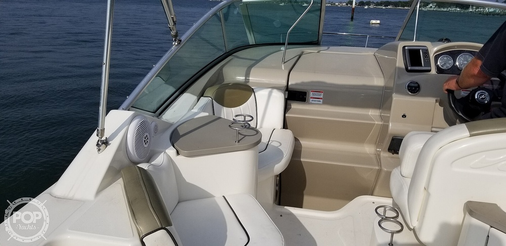 2007 Sea Ray boat for sale, model of the boat is 240 Sundancer & Image # 10 of 40