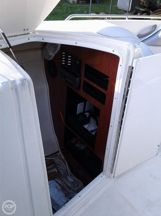2007 Monterey boat for sale, model of the boat is 298 SS & Image # 36 of 41