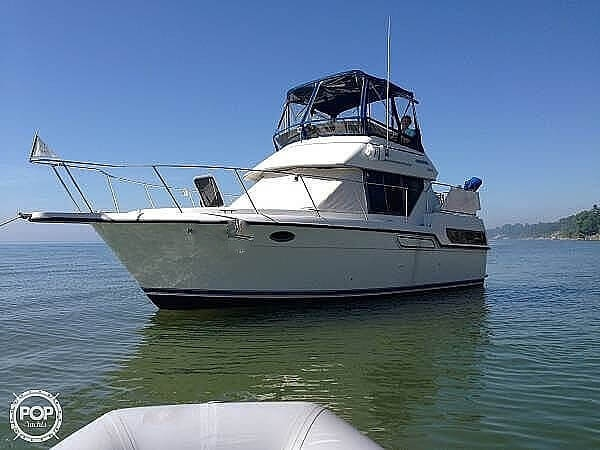 1994 Carver boat for sale, model of the boat is 300 Aft Cabin & Image # 3 of 40
