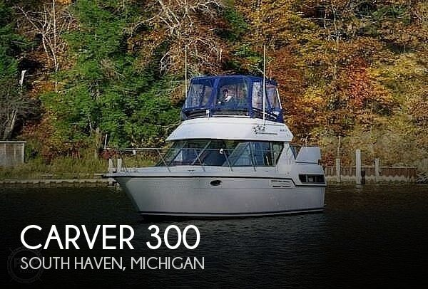 1994 Carver boat for sale, model of the boat is 300 Aft Cabin & Image # 1 of 40