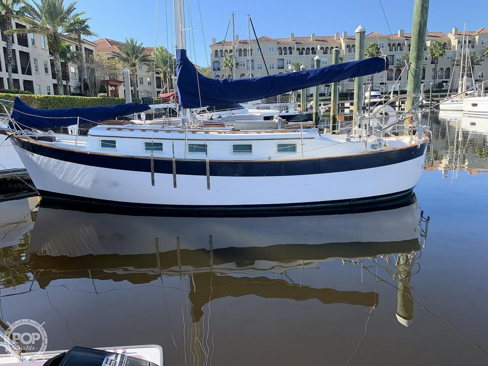 1976 Willard boat for sale, model of the boat is World Cruiser 30/8T & Image # 3 of 40