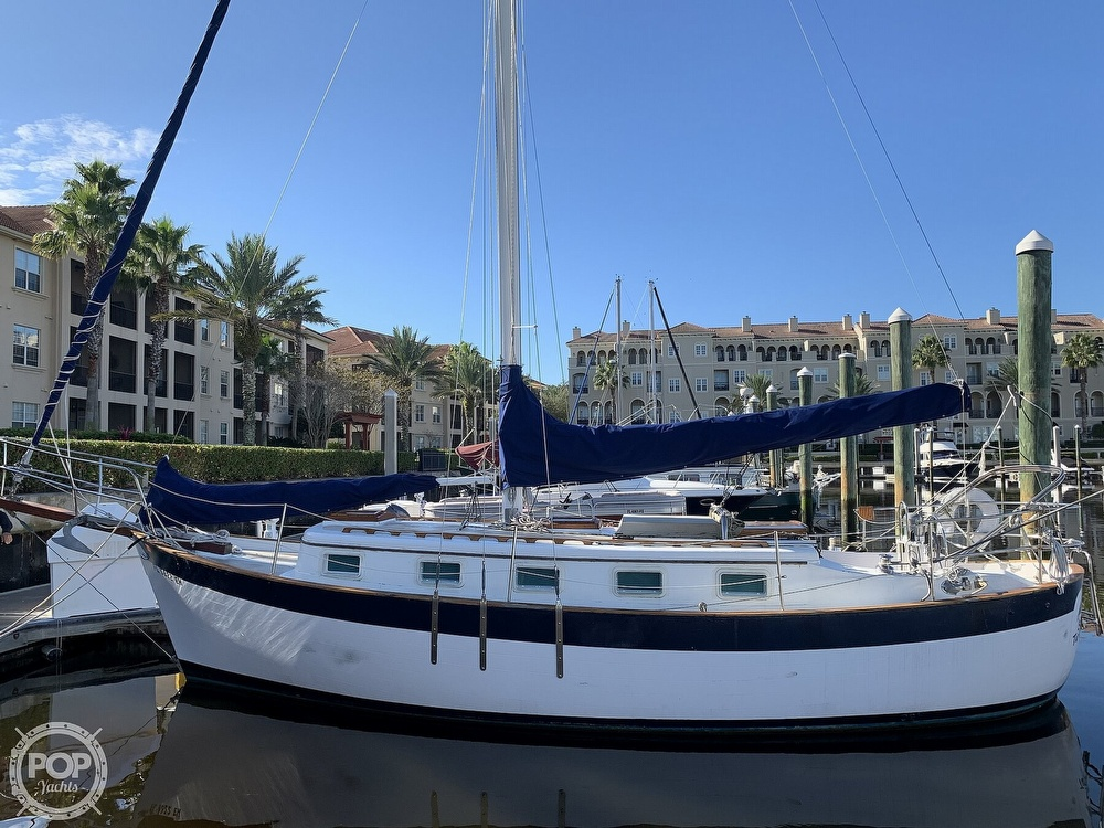 1976 Willard boat for sale, model of the boat is World Cruiser 30/8T & Image # 2 of 40