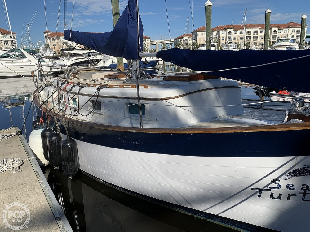 1976 Willard boat for sale, model of the boat is World Cruiser 30/8T & Image # 5 of 40