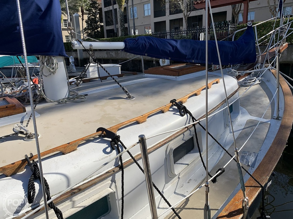 1976 Willard boat for sale, model of the boat is World Cruiser 30/8T & Image # 6 of 40